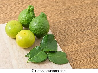 Kaffir Lime with Lemon Lime on Tray