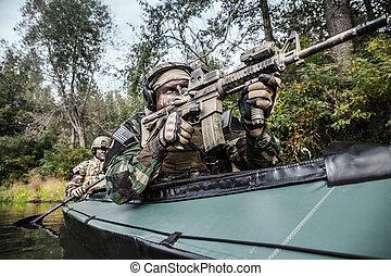kajak, militants, hadsereg