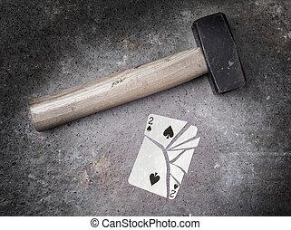 kalapács, noha, egy, törött, kártya, két, közül, pikk