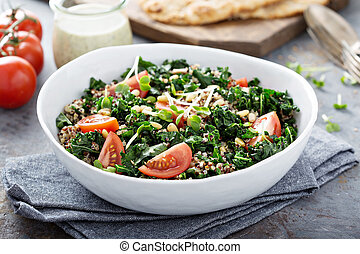Kale and quinoa salad with tomatoes - Vegan kale and quinoa ...
