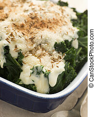 kale ondulado, com, molho queijo, alcaravia, sementes, e, breadcrumbs
