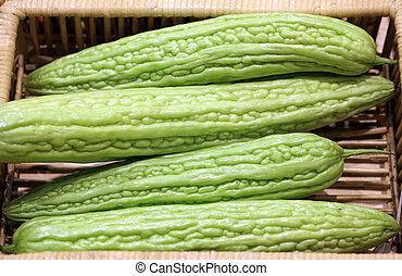 kalebassen, komkommer, bitter