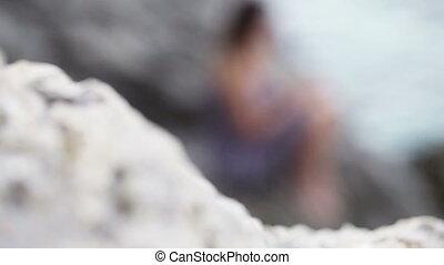kamienie, dziewczyna, strój