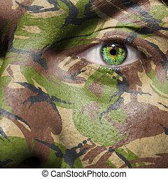 kamouflage, målad, på, a, ansikte, med, grönt öga