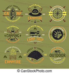 kamperen, buitene avontuur, vector, gekleurde, emblems