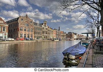kanal, in, leiden, netherlands