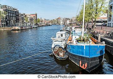 kanal, mit, boote, in, amsterdam