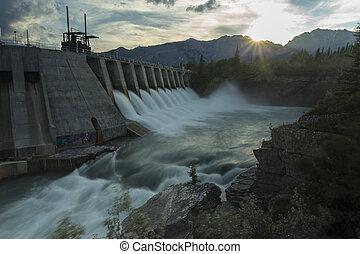 kananaskis, w6, vattenkuranstalt, fördämning, elektrisk