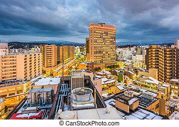 kanazawa, japonsko, městská silueta