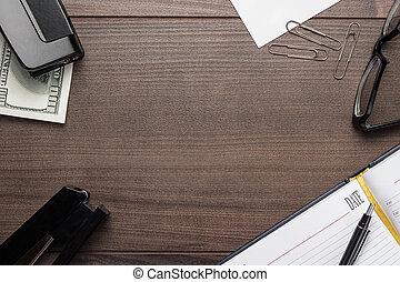 kantoor, bruine , wooden table, met, enig, voorwerpen
