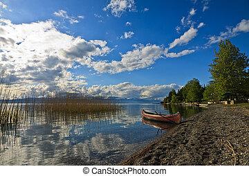 Kanu at the Lake of Ohrid, Macedonia