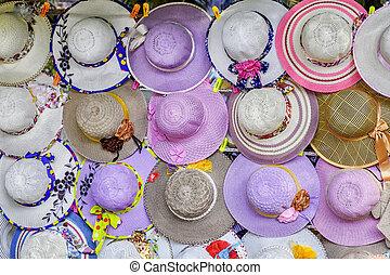 kapelusze, sprzedajcie