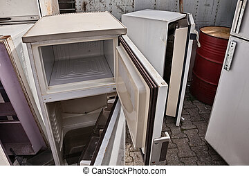 kapot, bevatten, stortplaats, cfc, fridges