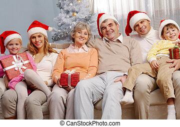 karácsony, család