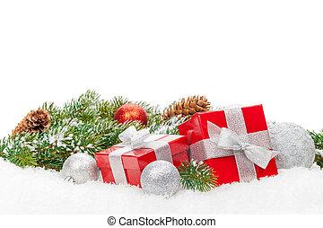 karácsonyi ajándék, dobozok, és, hó, fenyő fa