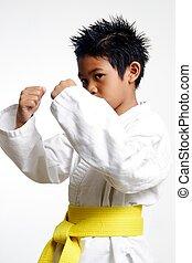 karate, niño, con, grito