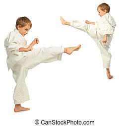 karate, niños, patada, por, pie