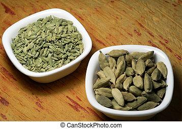 kardamon, fennel wysiewa, zasuszony, przyprawy