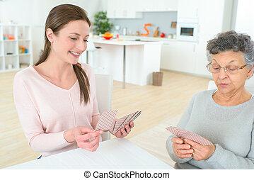 karten, spielende , grossmutter