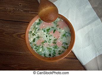 Kartoffel-Cremesuppe. potato soup with Vienna sausage
