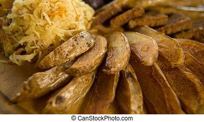 kartofle, ostry, upieczony