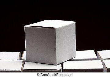 kartonpapír ökölvívás