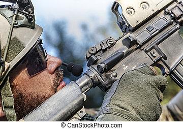 katona, amerikai, övé, célzás, karabély
