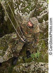 katona, képben látható, a, odaköt