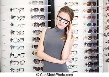 kaufmannsladen, Brille