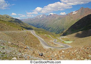 Kauner valley glacier road 06