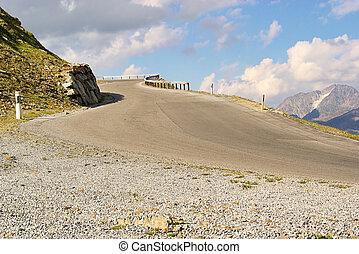 Kauner valley glacier road 12