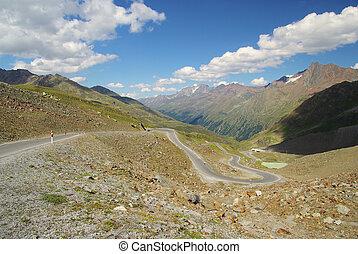 Kauner valley glacier road