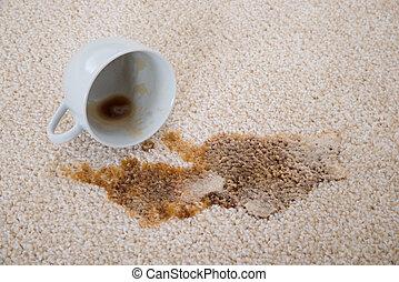 kawa, rozsypanie, dywan