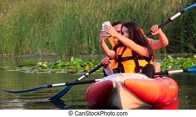 kayak, lent, séance, faire, selfie., mouvement, girl, type