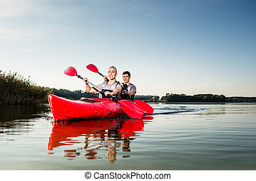 kayak, par, jovem, velejando