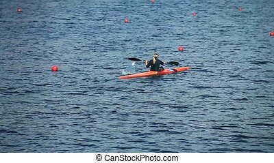 Kayak rowing single woman - rowing channel Kayak single...