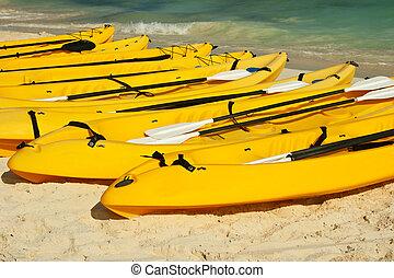 kayaks, sable plage