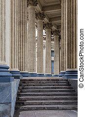 Kazan cathedral colonnad - Saint-Petersburg Russia - Kazan ...