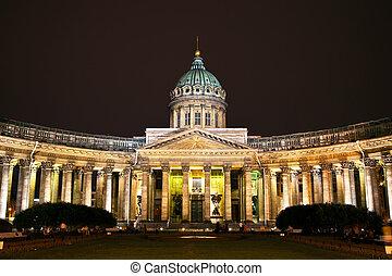 kazan, kathedraal, in, straat. petersburg, door, nacht