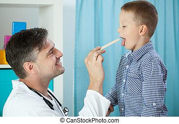 keel, het onderzoeken, kinderarts, jongen