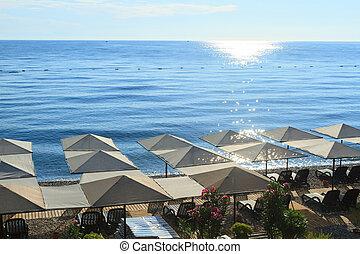 kemer., strand, middelhavet, paraplyer, hav
