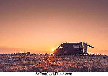 kempingező, autó, képben látható, természet, -ban, napkelte