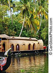 Kerala backwaters - A rice barge turned into tourist house ...