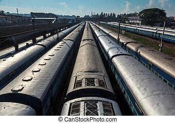 kerala, india, tren, trenes, station., trivandrum
