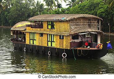 Kerala riverboat - A river boat on the Kerala Backwaters in ...
