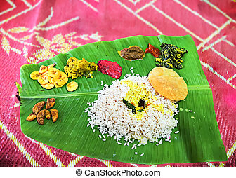 Traditional Onam Meals - Kerala Traditional Onam Meals With ...