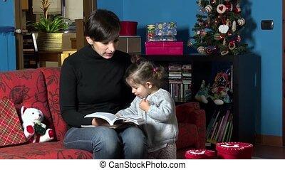kerstmis, boek, lezende , mamma, kind