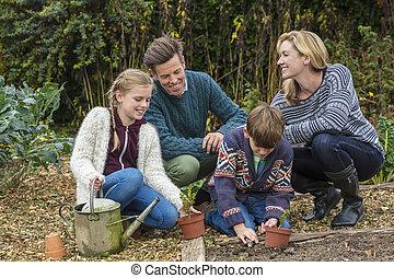 kertészkedés, család, atya, fiú, anya, lány, boldog