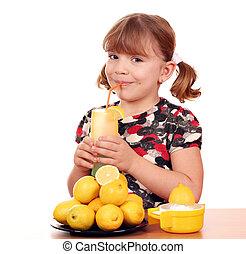 kevés, limonádé, leány, dring