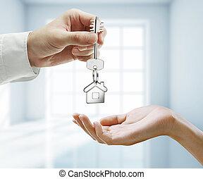 key with keychain - passing key with key chain